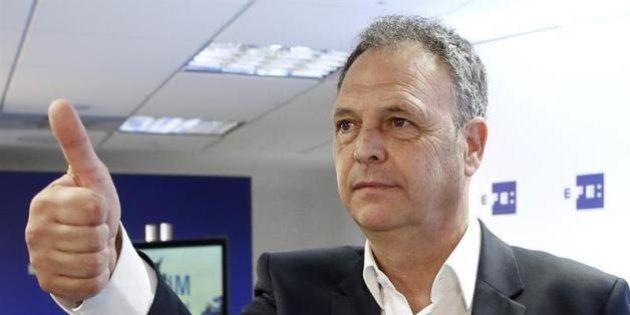 Joaquín Caparrós sustituye a Enrique Martín en el banquillo de