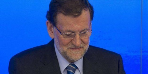 Los sondeos de 'El País' y 'El Periódico' auguran un batacazo del PP: Perdería 50