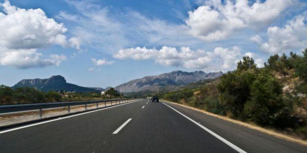 La patronal de las autopistas pide al Gobierno cobrar peaje en las