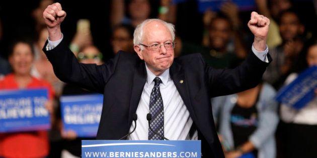 Bernie Sanders consigue una inesperada victoria sobre Clinton en