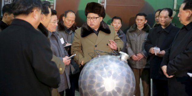 Kim Jong-un insiste en que Pyongyang puede montar cabezas atómicas en