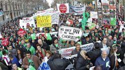 Miles de personas marchan en toda España por el derecho a la