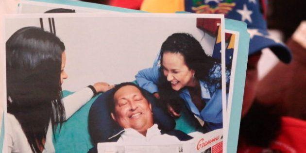 Hugo Chávez anuncia en su Twitter que está de regreso en
