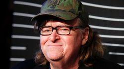 Michael Moore agita conciencias con su último post de