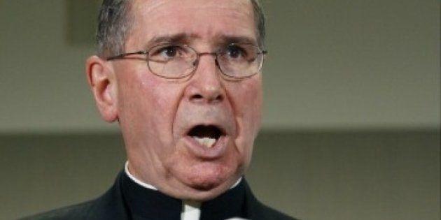 Campaña en internet para que el cardenal Roger Mahony, envuelto en escándalos sexuales, no elija al nuevo
