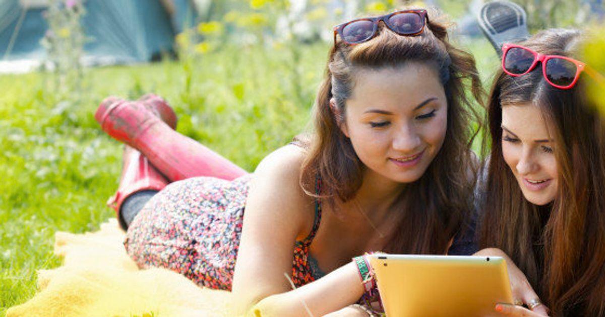 adolescentes en gafas fotos calientes