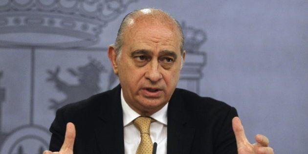 Interior destituye al jefe de inmigración en Ceuta que rectificó al