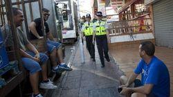 'Bobbies' británicos para calmar a las hordas de turistas en