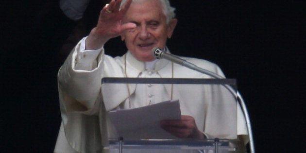 Benedicto XVI pasea, lee, ve la tele y volverá a tocar el