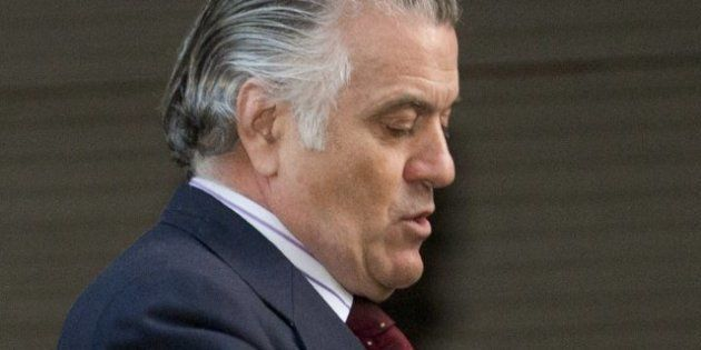 El juez Ruz pide a la UDEF que le informe sobre la posible conexión entre los 'papeles de Bárcenas' y...