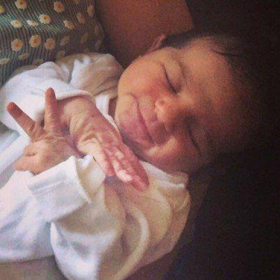 Viola, la niña que nació dos