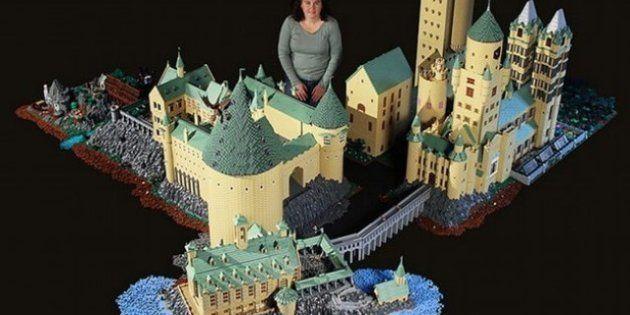 Una mujer construye el castillo de Hogwarts, de Harry Potter, con 400.000 piezas de Lego