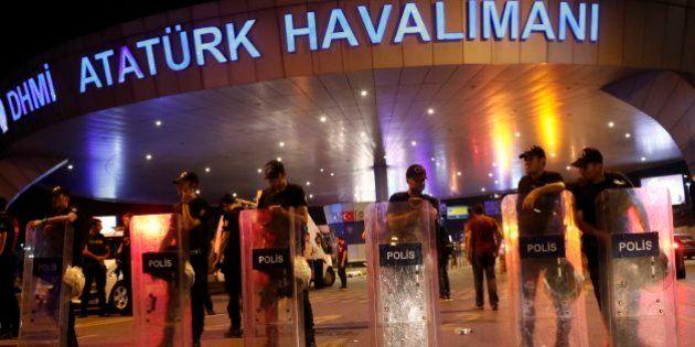 Turkish Airlines cancela parte de sus vuelos a Ataturk, entre ellos dos conexiones con