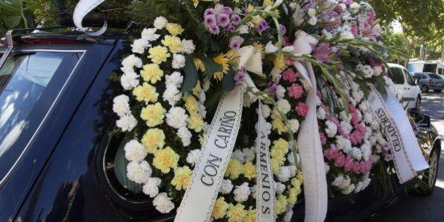 Las familias entierran juntas a Laura del Hoyo y Marina Okarynska, las víctimas de