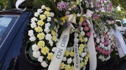 Las familias entierran juntas a las víctimas del crimen de