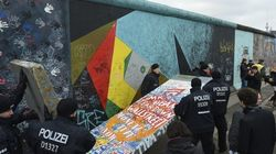 Logran parar la segunda caída del Muro de Berlín (VÍDEO,