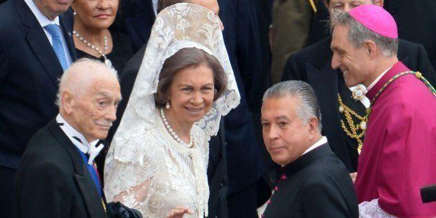 Los reyes y tres ministros: la representación española en la doble