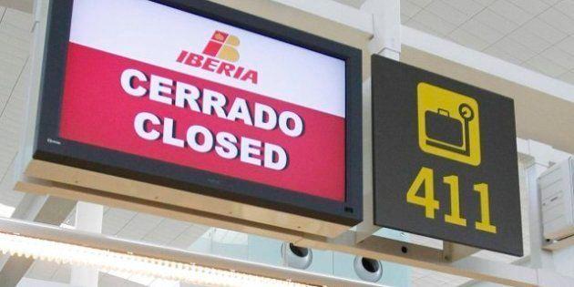 Los sindicatos de tierra e Iberia firman un acuerdo y ponen fin a la