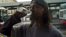 87 muertos y un millar de intoxicados por alcohol adulterado en