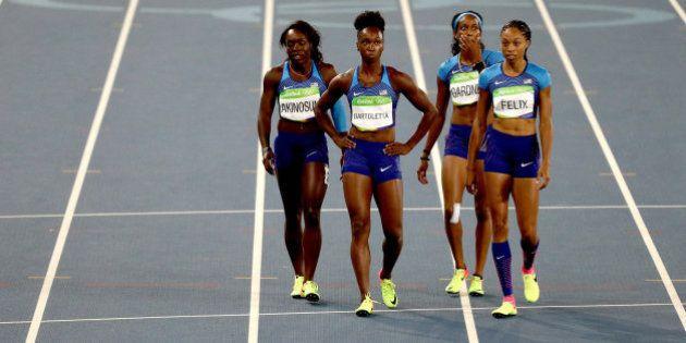 El relevo 4x100 femenino de EE UU se mete en la final... tras correr a