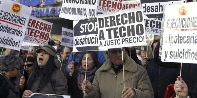 Gobierno y PSOE acuerdan fijar el umbral de renta para evitar los desahucios en unos 19.000 euros