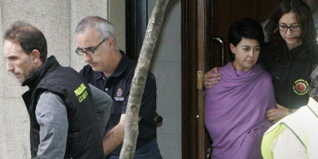 El juez eleva a asesinato las imputaciones contra los padres de