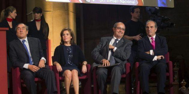 Sáenz de Santamaría dice que Mas tendrá que explicar su plantón y pide
