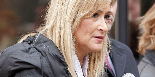 Cristina Cifuentes dice que el Gobierno está estudiando cambiar la Ley Antitabaco