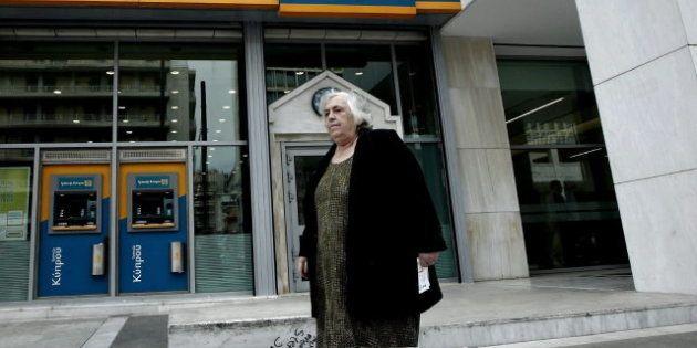 Los chipriotas no podrán sacar del país más de 3.000 euros o retirar desde el extranjero más de