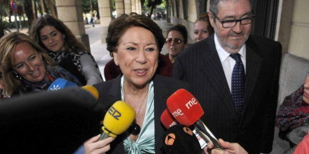 Álvarez dice que no va a dimitir y que va a defender su inocencia con toda su