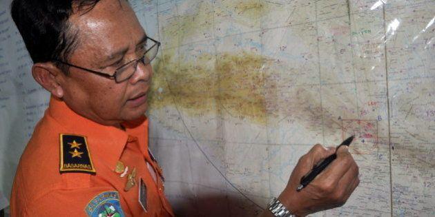 Localizados los restos del avión indonesio