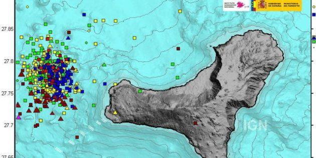 El Hierro registra un temblor de 4.9 grados, el mayor desde que comenzó la erupción volcánica submarina...