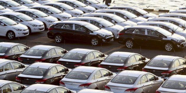 Las matriculaciones de coches bajaron un 13,9% en marzo por el efecto de la Semana