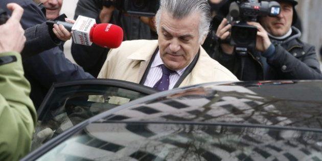 Bárcenas insiste ante el juez en que no es su letra la de los papeles con pagos en
