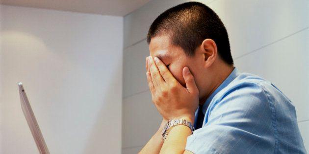 Más de la mitad de los becarios mayores de 30 años trabaja gratis, según un estudio de
