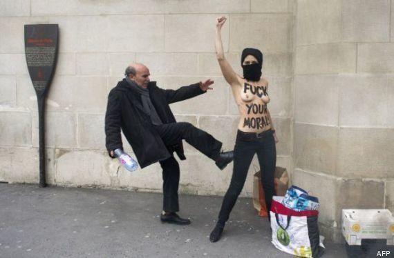 Facebook censura una foto de la agencia de noticias francesa AFP