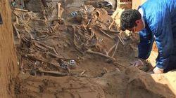 El hueso al aire: 104 cuerpos localizados en la fosa de Puerto