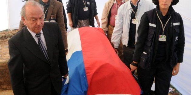 El cuerpo de Pablo Neruda, exhumado para comprobar si fue