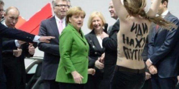 Activista 'topless' horroriza a Merkel y alegra el día de
