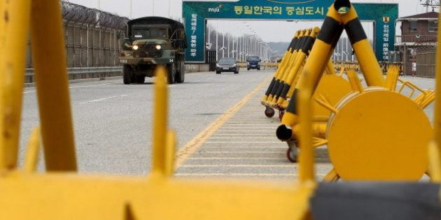 Pyongyang aconseja a los extranjeros que viven en Corea del Sur que abandonen el