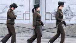 Soldados con tacones y plataforma en Corea del Norte