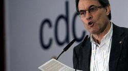 Denuncia una campaña contra símbolos de Cataluña como