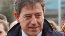 El juez imputa seis delitos a Gómez Besteiro, secretario general del