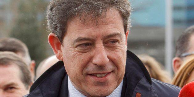 El juez imputa seis delitos a José Ramón Gómez Besteiro, secretario general del PSOE