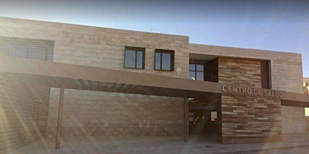 Un hombre irrumpe con una escopeta en un centro de salud de Ciudad