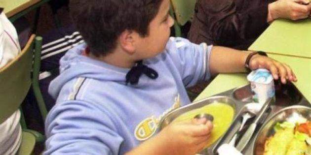 Andalucía garantizará por ley que los niños desfavorecidos coman tres veces al