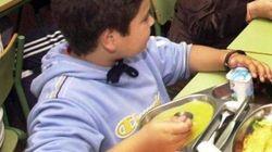 Andalucía garantizará por ley tres comidas al día para los niños