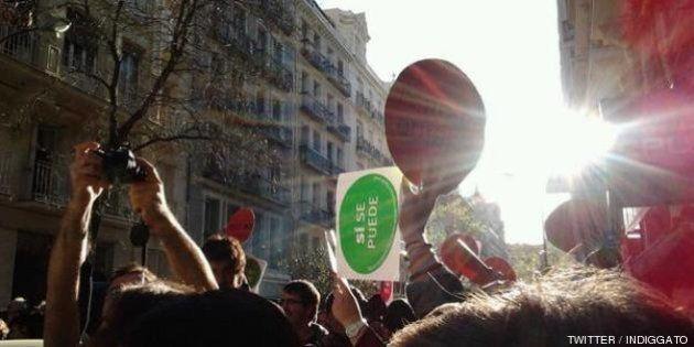 Escrache ante la casa del ministro de Hacienda, Cristóbal Montoro, en Madrid