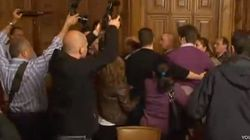 A golpes en el Ayuntamiento de Palencia
