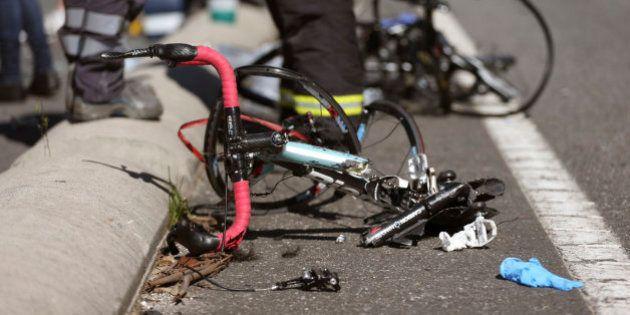 Dos ciclistas muertos y seis heridos por un atropello en A Guarda
